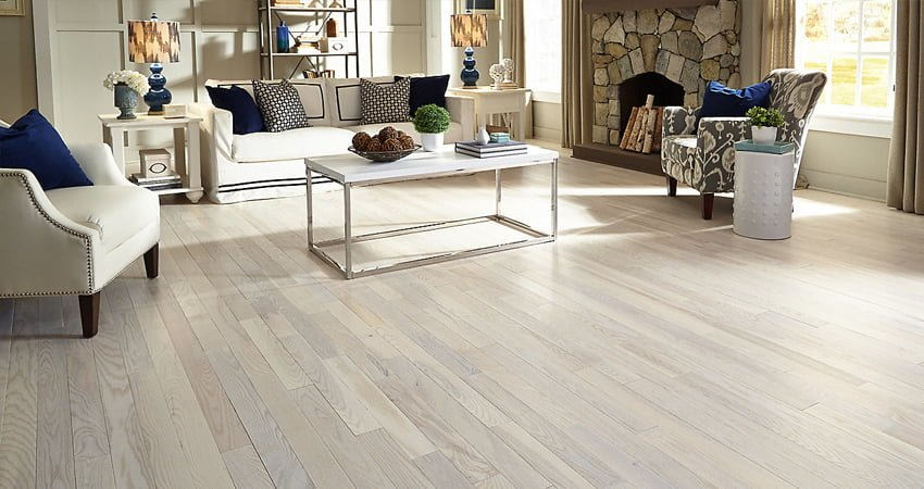 White or bleached hardwood in Toronto