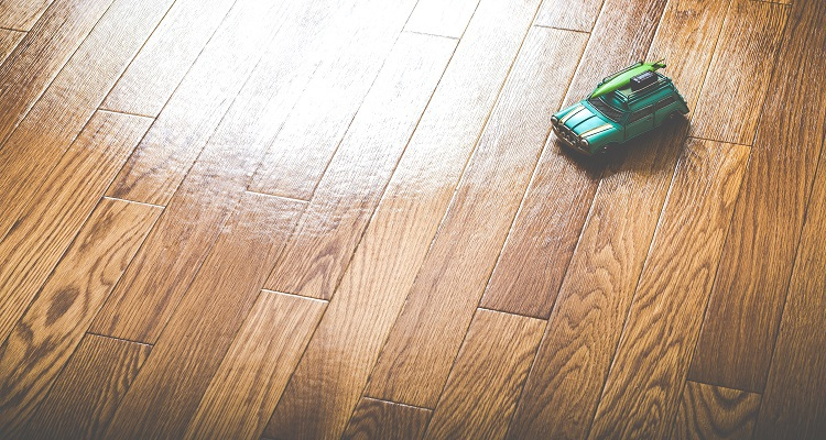 Flooring maintenance in Holidays